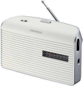 GRUNDIG MUSIC 60 PORTABLE RADIO WHITE/SILVER