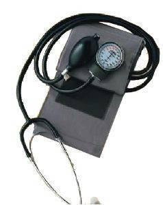 ΩΡΟΛΟΓΙΑΚΟ ΠΙΕΣΟΜΕΤΡΟ ΜΕ ΕΝΣΩΜΑΤΩΜΕΝΑ ΑΚΟΥΣΤΙΚΑ AVRON GL-40 φροντίδα υγείας πιεσομετρα μπρατσου