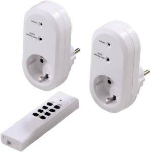 HAMA 121949 RADIO-CONTROLLED POWER OUTLET SET WITH REMOTE CONTROL WHITE