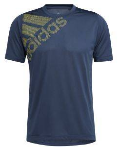 ΜΠΛΟΥΖΑ ADIDAS PERFORMANCE FREELIFT BADGE OF SPORT GRAPHIC TEE ΜΠΛΕ ΣΚΟΥΡΟ