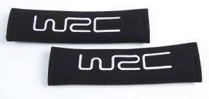 2 ΠΡΟΣΤΑΤΕΥΤΙΚΑ ΖΩΝΗΣ ΑΣΦΑΛΕΙΑΣ ΜΑΥΡΑ ΜΕ ΑΣΗΜΙ ΚΕΝΤΗΜΑ WRC Δύο WRC προστατευτικά ζώνης  κατασκευασμένα από μαύρο ενισχυμένο ύφασμα με το λογότυπο της σε ασημένιο κέντημα Είναι άνετα και αποφεύγουν τη δυσάρεστη